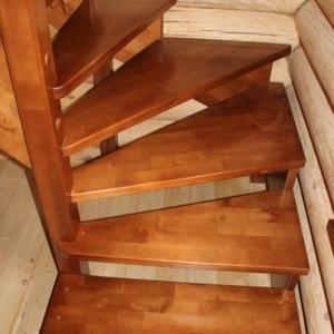 Деревянная лестница цены