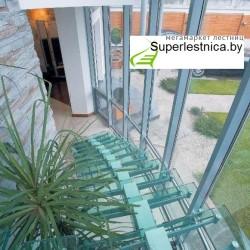 стеклянные лестницы на второй этаж дома