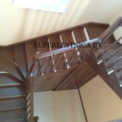 лестница с поручнями